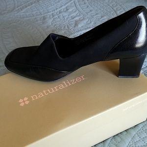 💥sale 💥Natralizer black heels